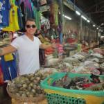 Ruokamarket keskellä Siem Reapin keskustaa