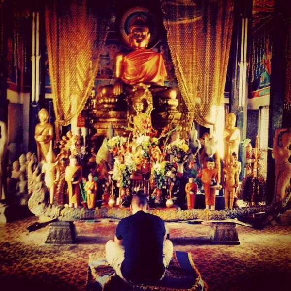 Kävin rauhoittumassa Ankor Watin buddhaluostarissa!
